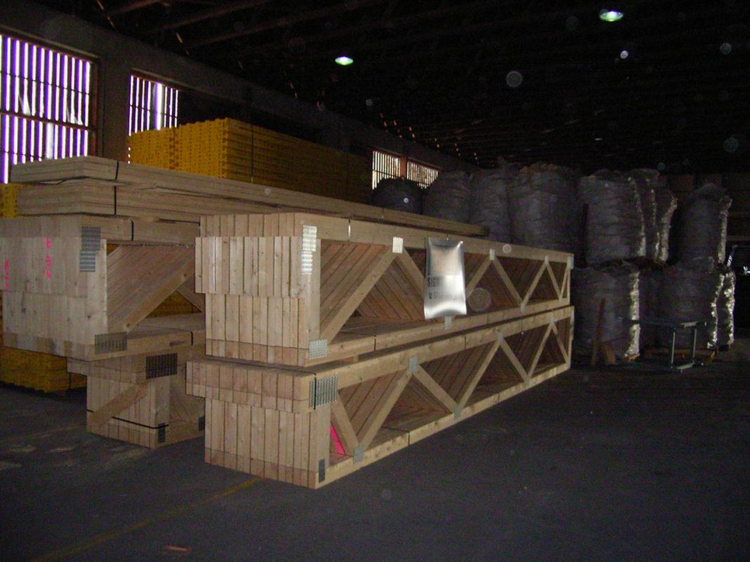 parallelbinder industriezimmerei. Black Bedroom Furniture Sets. Home Design Ideas